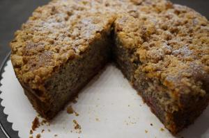 9) Angeschnittener Kuchen