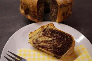 8) Angeschnittener Kuchen