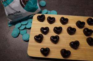 5) Schoko-Herzen vorsichtig aus der Form lösen
