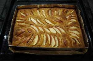 7) Den Kuchen nach dem Backen auskühlen lassen