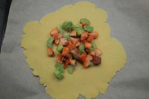 5) Früchte in der Mitte verteilen