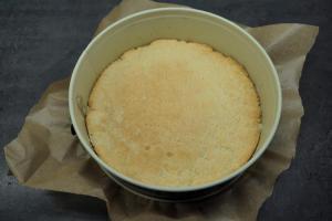 4) Ca. 12-15 Min bei 160°C vorbacken