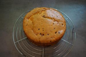6) Nach 50 Min. aus dem Ofen holen und abkühlen lassen