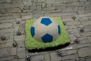 15) Fertige Torte