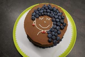 Schokoladen-Schicht-Torte