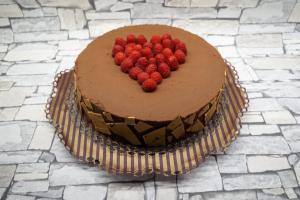 Schoko-Kaffee-Torte mit Marzipan-Biskuit