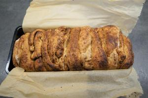 11) Im vorgeheizten Ofen bei 175°C für ca. 30 Min. backen lassen