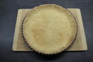 7) Den Mürbeteig aus dem Ofen nehmen