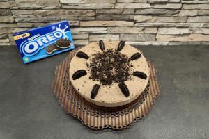 Oreo Torte mit Brownie-Boden