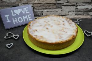 27) Fertiger Kuchen