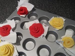 16) Rosen trocknen lassen
