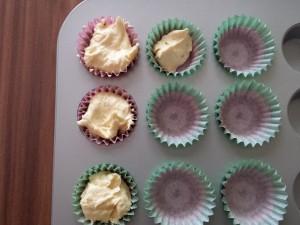 6) Mini Muffins und normale Muffins füllen