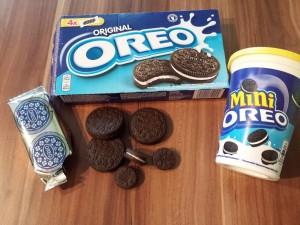 12) normale und mini Oreo-Kekse für die Eulen Augen verwenden