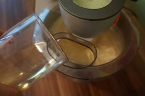 6) Öl hinzugeben