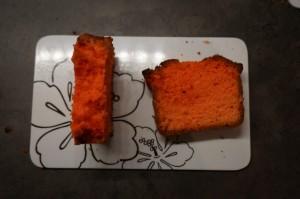 4) Ersten Kuchen in Streifen schneiden