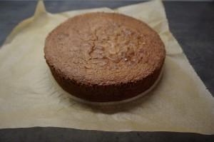 1) Schokoladen Biskuit zubereiten