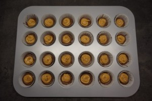 7) Dann auf die erkaltete Schokolade geben.
