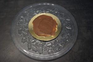 8) Ein wenig Nutella darauf verstreichen
