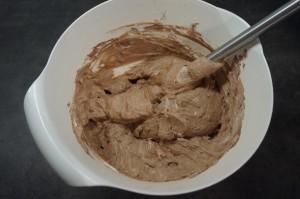 8) Fertige Schoko-Sahne Creme